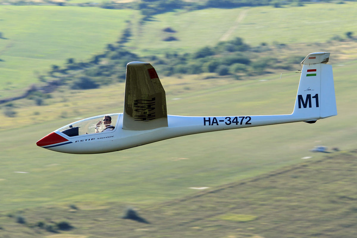 7 advantages of learning to fly a glider before an airplane