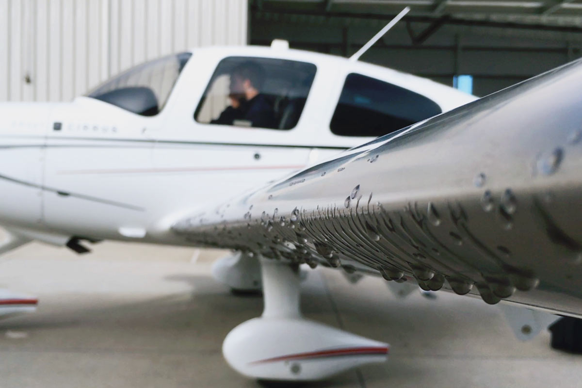 5 Types Of Deicing Equipment, And Their Advantages And Disadvantages    Boldmethod