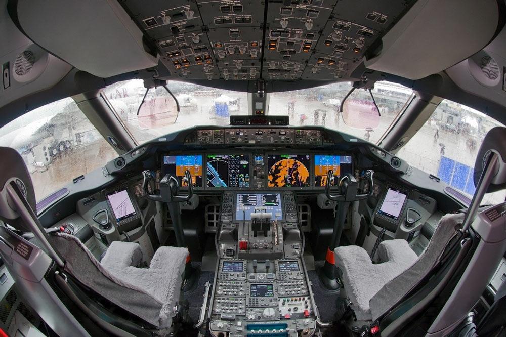 15 Advantages Of Flying A Glass Cockpit | Boldmethod