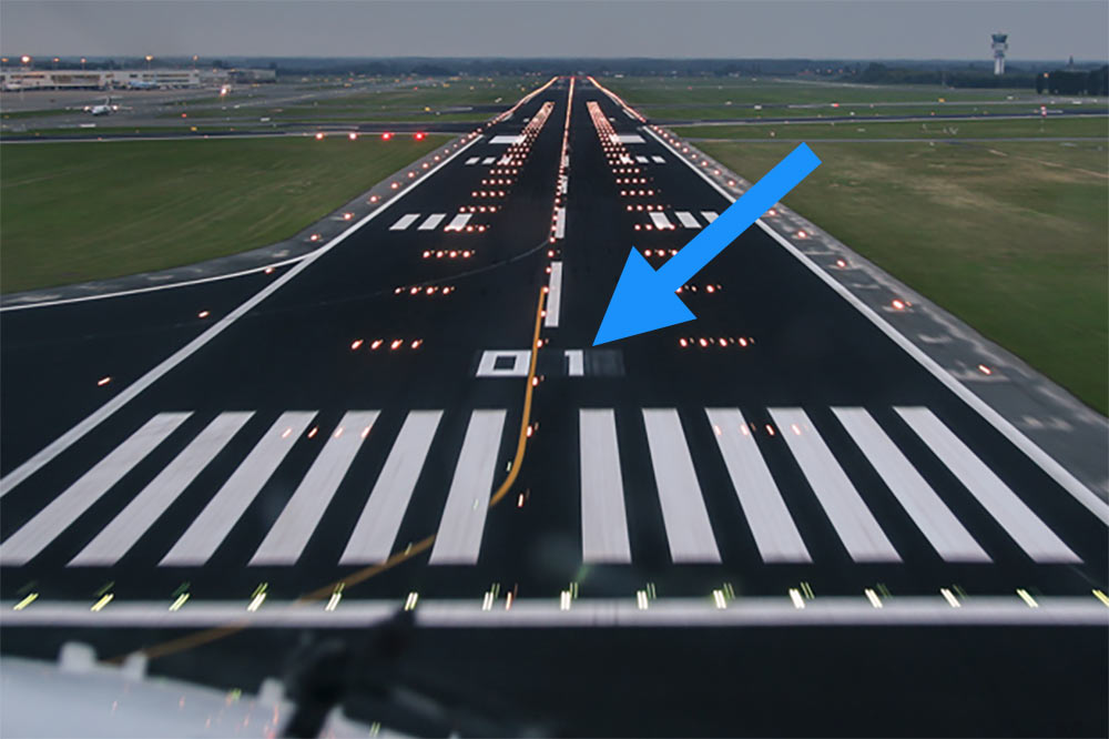 do you know these 7 common airport lights and markings boldmethod